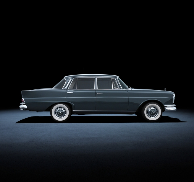 mercedes_benz_220_se_w_111_1959_to_1965_large_147059