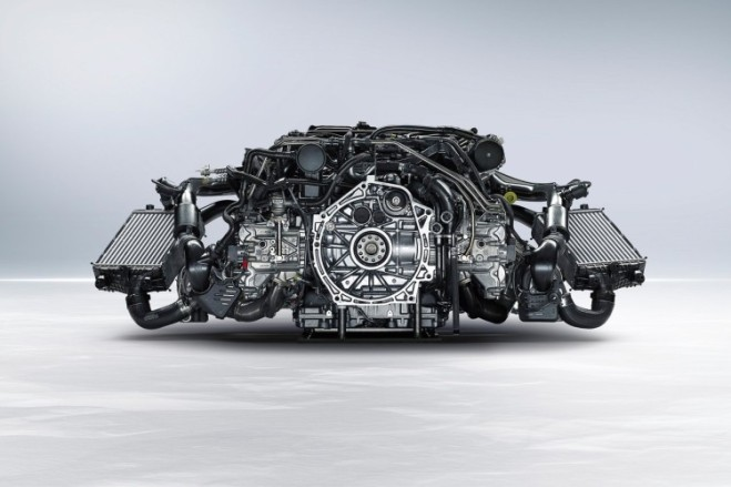 2014-Porsche-911-Turbo-S-Engine-750x500